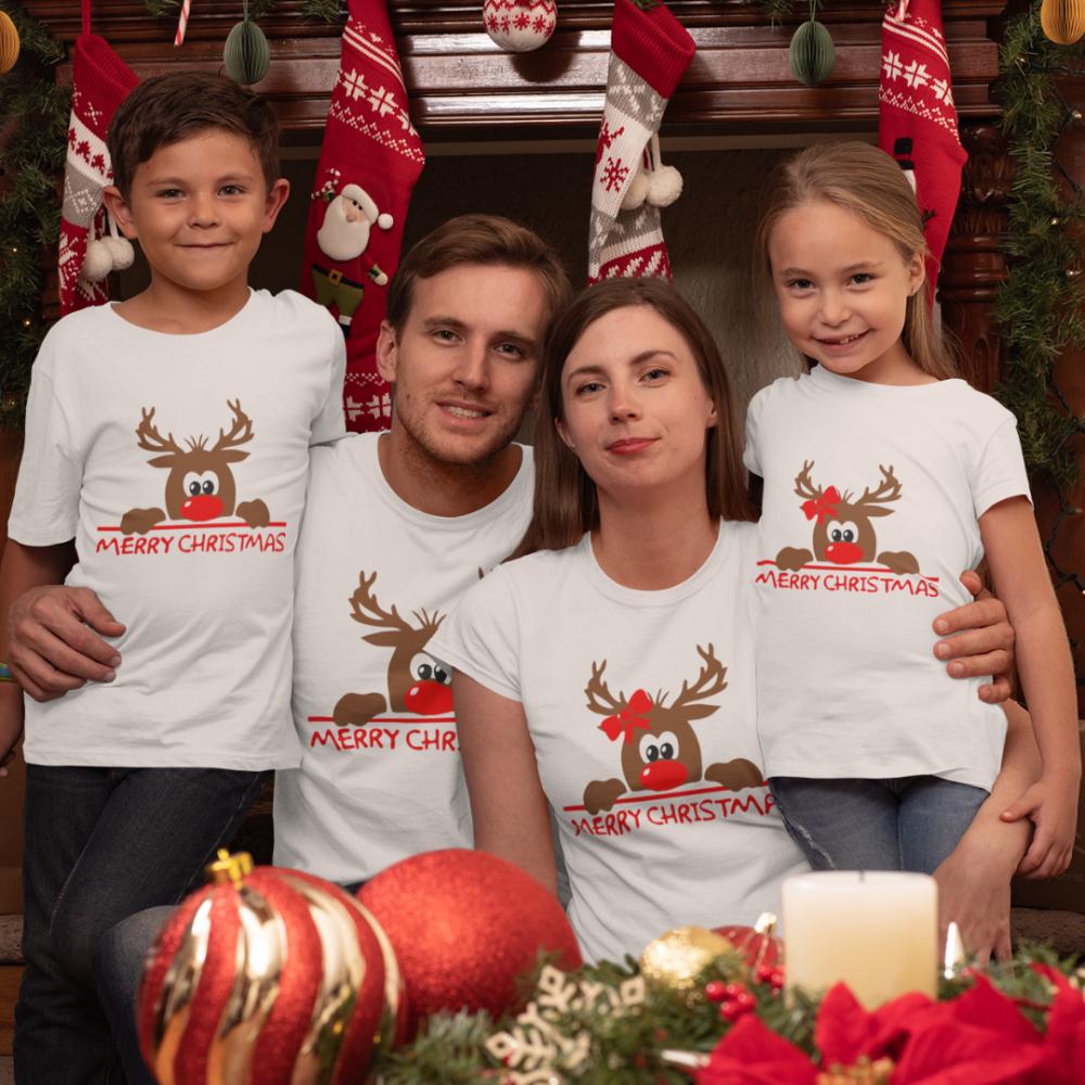 Семеен комплект в бяло Merry Christmas Hiding Deer