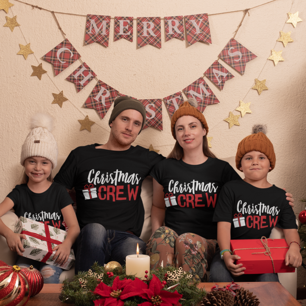 Коледен семеен комплект черни тениски Christmas Present