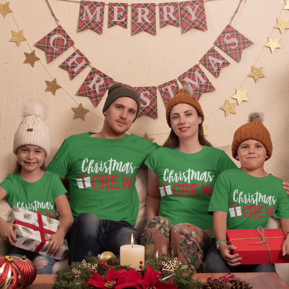 Коледен семеен комплект тениски Christmas Present